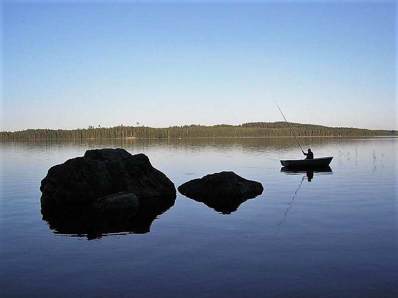 Fishing in Ahveninen, Lakeland